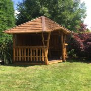 Rustic company Belmont 303 Summer House side