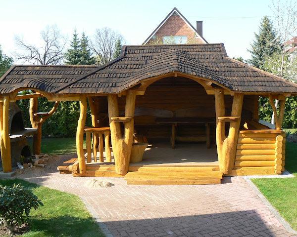 Bespoke Design Summer Houses Huge front